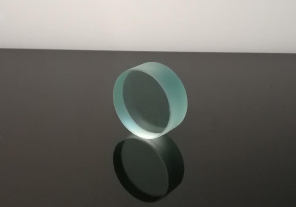 Защитное взрывостойкое стекло D37 мм.